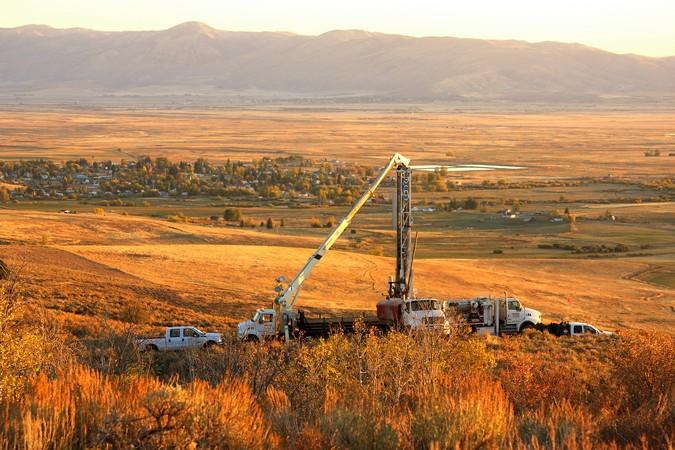 Drilling rig at sunset at Paris Hills
